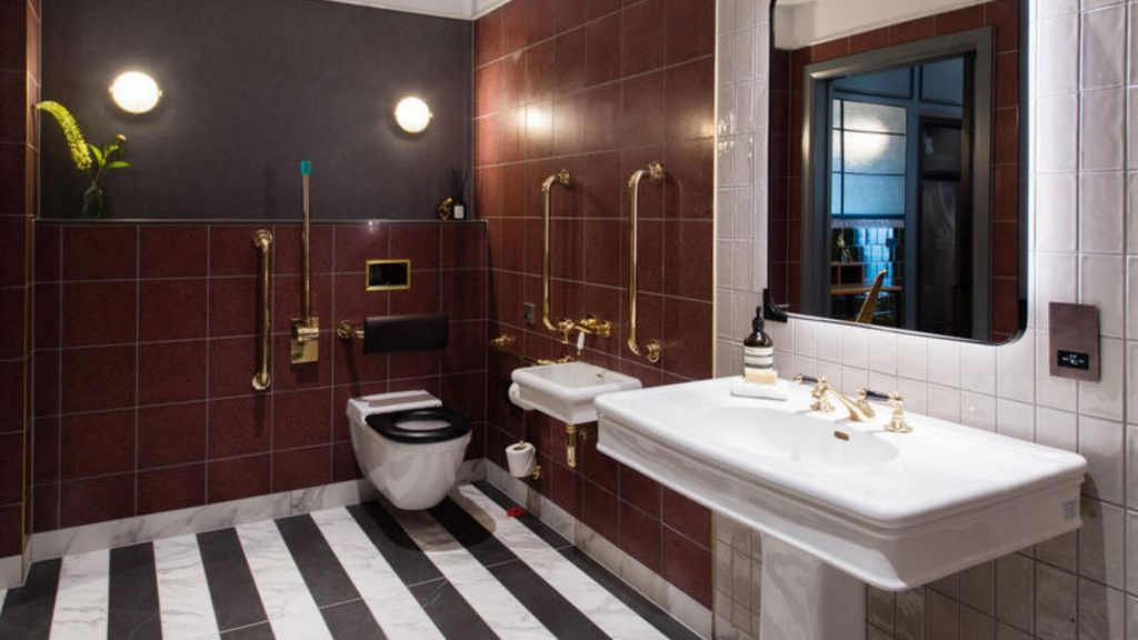 Clayton, marroon black and white tiles, luxury washroom